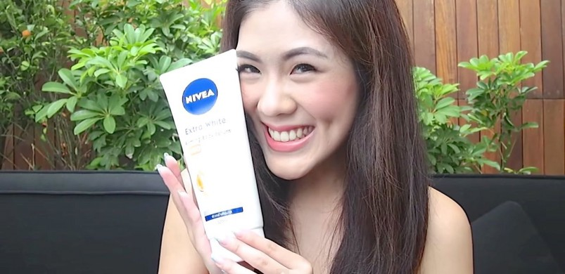 REVIEW Nivea Extra White Firming Body Serum